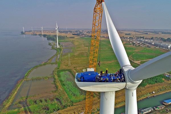7.洪泽湖风力发电场.jpg